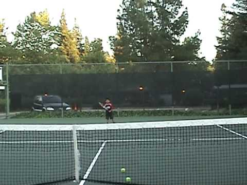 Amazing Tennis Kid 5 years old ( Ryan Matthew)