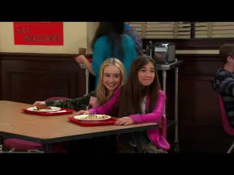 Girl Meets World || Riley, Maya, Farkle, Lucas and Cory in cafeteria