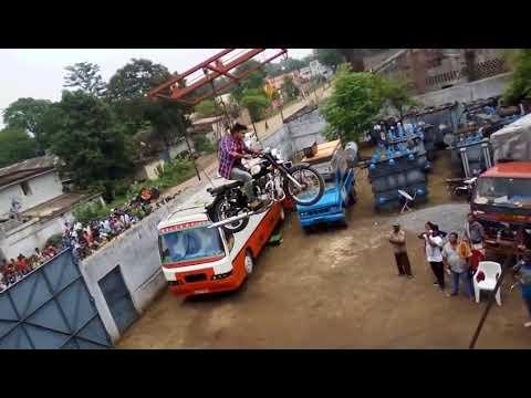 Video Allu Arjun Spotted in Naa Peru Surya Movie Shooting #MakingVideo download in MP3, 3GP, MP4, WEBM, AVI, FLV January 2017