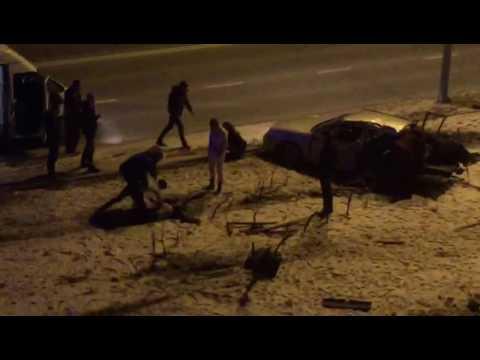Жуткая авария в Южно-Сахалинске 6.11.16 (видео)