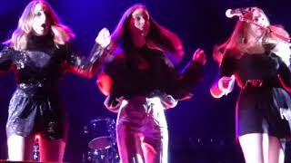 Haim - Walking Away (HD) - Alexandra Palace - 16.06.18