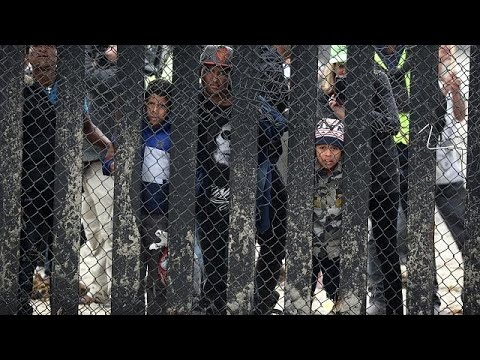 Εκατοντάδες πρόσφυγες στη μεθόριο ΗΠΑ-Μεξικού
