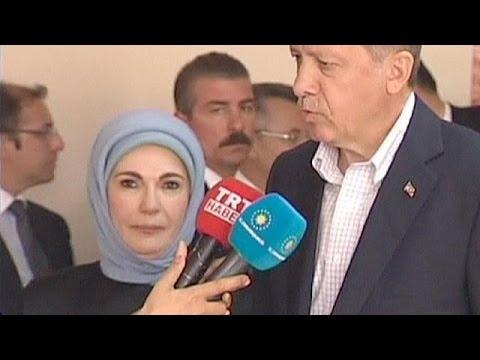 Εμινέ Ερντογάν: Το χαρέμι ήταν σχολείο για τη ζωή