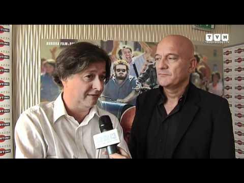 Bar Sport - Claudio Bisio e il cast al completo