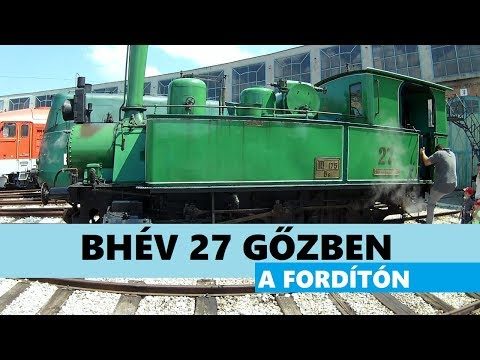 Little green steam engine on the turntable - BHÉV 27 Budapest, Hungary_Magyarország hírek, tájak, emberek, Budapest hírei és eseményei