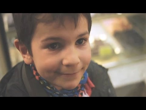 beatorsk8ter - David por favor! Protagonizado por David Huertas & Maite Gómez. Dirigido por Sergio Beator Producido por FASS FILMS www.fassfilms.com.
