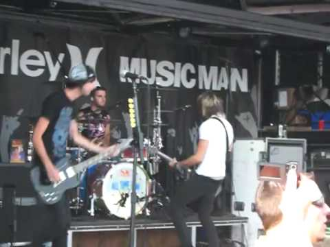 All Time Low - This Is How We Do [Pittsburgh Warped 2008]