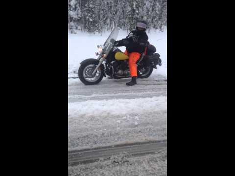 Andar de moto... na neve