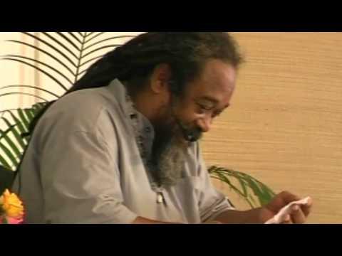 Mooji Video: Laughing With Mooji