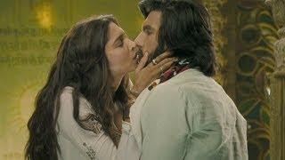 Cute Kiss between Deepika Padukone & Ranveer Singh