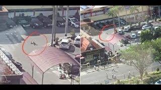 Video 4 Teroris Nekat Terobos Pintu Gerbang Mapolda Riau dengan Mobil MP3, 3GP, MP4, WEBM, AVI, FLV Juni 2018