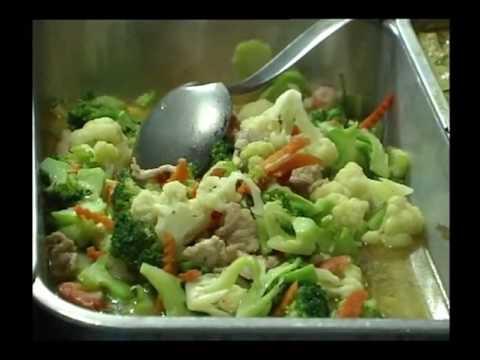 thaihealth กรรมวิธีการทำอาหารใส่บาตรพระ