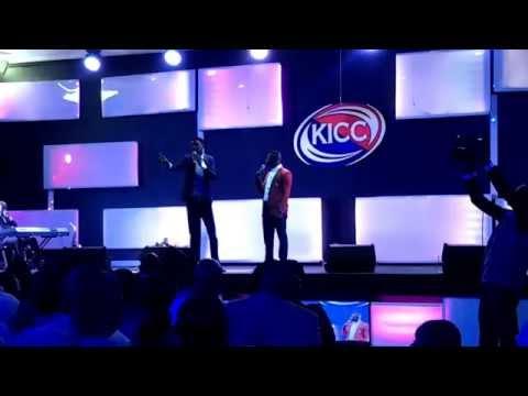Stillringing.....Funniest Nigerian Stand-up Comedy (in Yoruba)