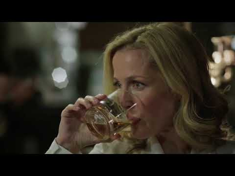 Stella Gibson Scenes from The Fall BBC 1x04