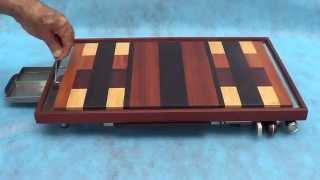 Confecionada em madeira de lei como, Jacarandá - Pau Brasil - Roxinho - Bálsamo - Brauna -  Jatobá - Marfim, base em Cedro Rosa com detalhes em Inox.