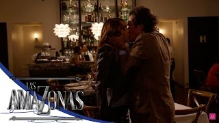 ¡Casandra y Eduardo se declaran su amor! - Las Amazonas* Video