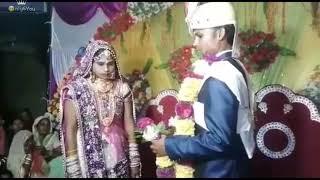Video हँसते हँसते पागल हो जाओगे    Funny Video    Funny Marriage Jaimala varmala download in MP3, 3GP, MP4, WEBM, AVI, FLV January 2017