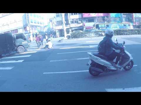 台北市 南京東路5段 車禍 撞到行人