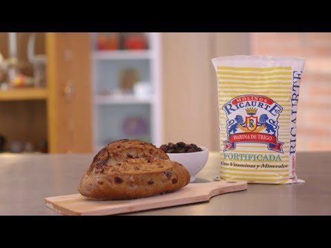 Video - Receta fácil de torta de ron con pasas