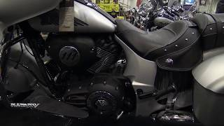 3. 2018 Indian Chieftain Classic - Walkaround - Toronto SuperShow 2018