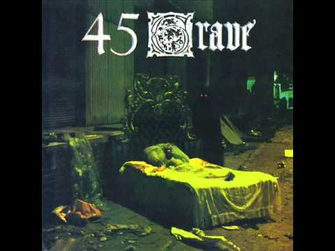 Tekst piosenki 45 Grave - School's Out po polsku