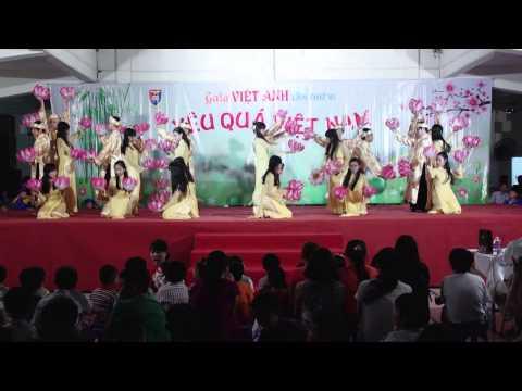 """Gala Xuân 2015 - Múa đèn """"Đêm hoa đăng"""""""