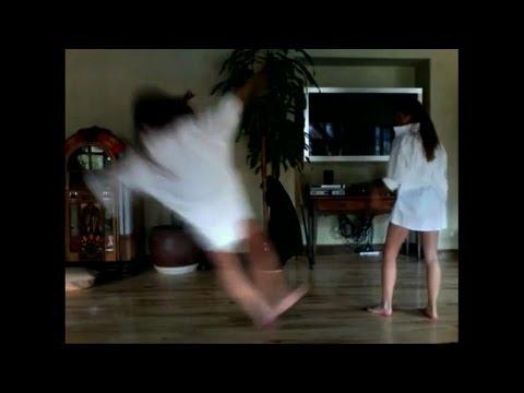 Nhưng pha tai nạn hài hước khi nhảy