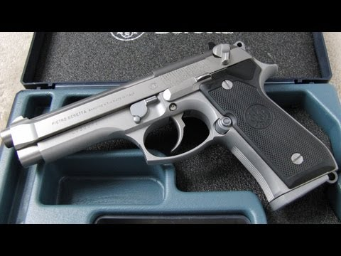 Beretta 92FS 9mm Para Demonstration