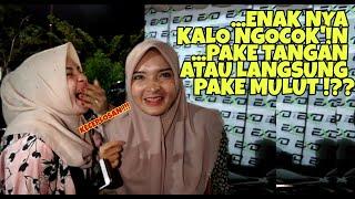 Download Video MAUNYA DI KOCOKin - NIKMAT PAKE LIDAH ATAU BIBIR ? | Sosial Eksperimen Indonesia #4 MP3 3GP MP4