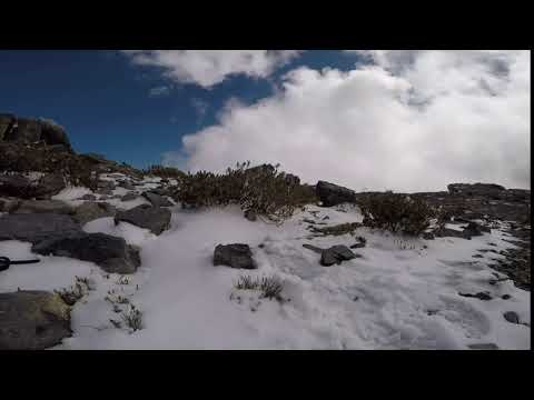 Abdullah Al Abri sent in these pictures and video of the snow in Jebel Shams on Tuesday.