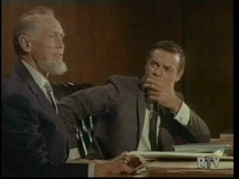 James Daly - Franchot Tone & James Daly - superb acting as muckraking presenter destroys the judge before a live audience.