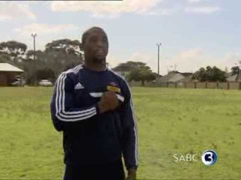 Siya Kolisi tackles Top Billing presenter Simba