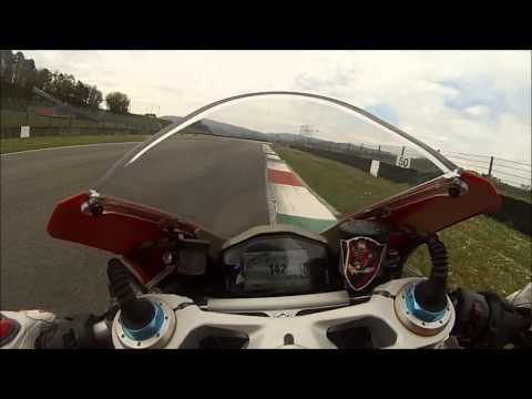 ducati panigale 1299 on board mugello: moto da paura!