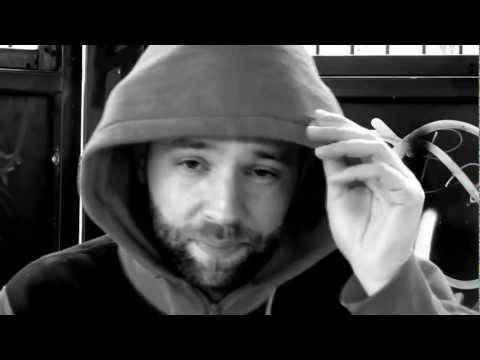 ClassAparte – Breekbaar (Officiële Video)