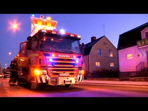بالفيديو.. متطرفون يحرقون مسجدًا في السويد