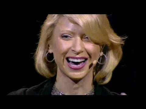 Subtitulado - El lenguaje corporal influye cómo nos ven los demás, pero también puede cambiar cómo nos vemos a nosotros mismos. La psicóloga social Amy Cuddy muestra como ...