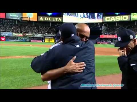 yankee stadium - Mariano Rivera trots in from the bullpen to