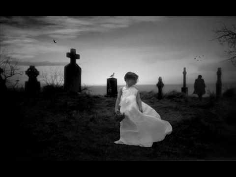 Tekst piosenki Evanescence - Bleed (I Must Be Dreaming) po polsku