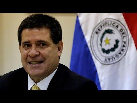 Παραγουάη: Ο πρόεδρος Καρτέςδεν θα είναι υποψήφιος στις εκλογές του 2018