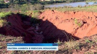 Erosão com mais de 10 metros de profundidade preocupa moradores de Bauru
