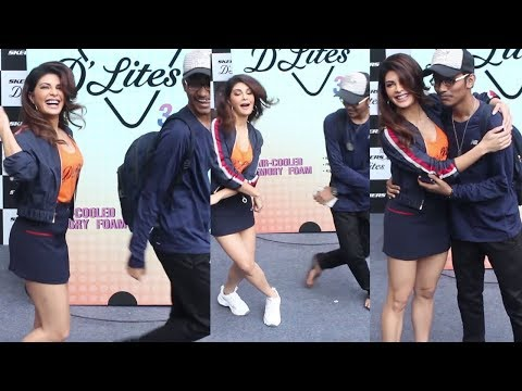 Jacquline Fernandez doing SHOOT Dance With Her Fans