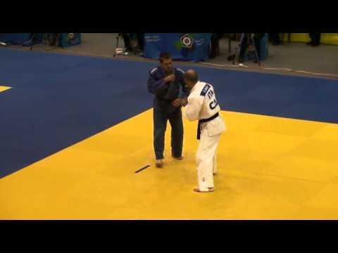 Judo Veterans EM 2011 M2 73 Aracu vs Luttenberger