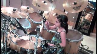Little Girl Drummer - Like a Pro!