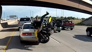 Video motorcycle crashes into car MP3, 3GP, MP4, WEBM, AVI, FLV Agustus 2017