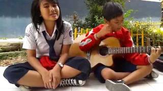 Video Indah cintaku cover by Tiwi and Henry MP3, 3GP, MP4, WEBM, AVI, FLV Januari 2018