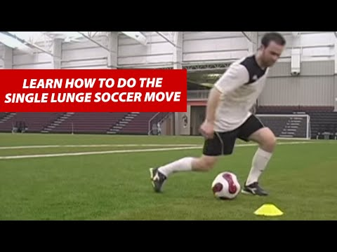 Single lunge soccer move