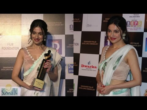 Divya Khosla Kumar At Dadasaheb Phalke Excellence Awards 2017
