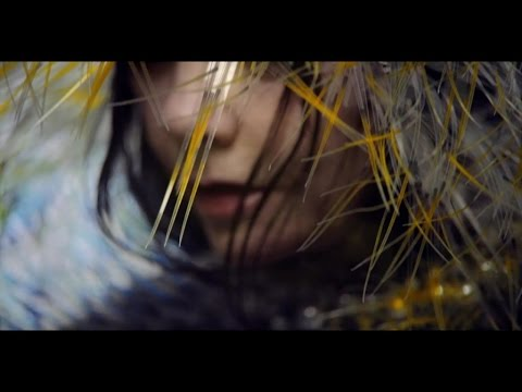 "Watch Björk's video for ""Lionsong"""