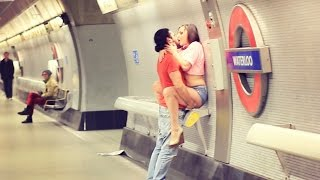 Video Kissing Prank 2016 MP3, 3GP, MP4, WEBM, AVI, FLV Mei 2017