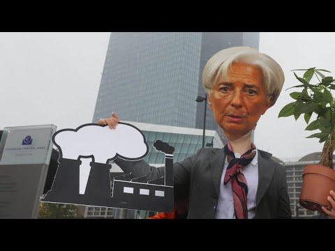 Frankfurt am Main: Klima-Demo bei Amtsantritt von EZB-Chefin Christine Lagarde